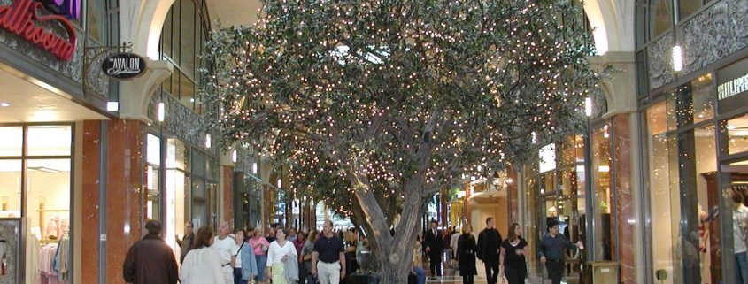 Trees-Tree-Nature-Maker-Naturemaker-Art-Artificial-Fake-Custom-design-unique-best-olive-fallsview-casino-retail